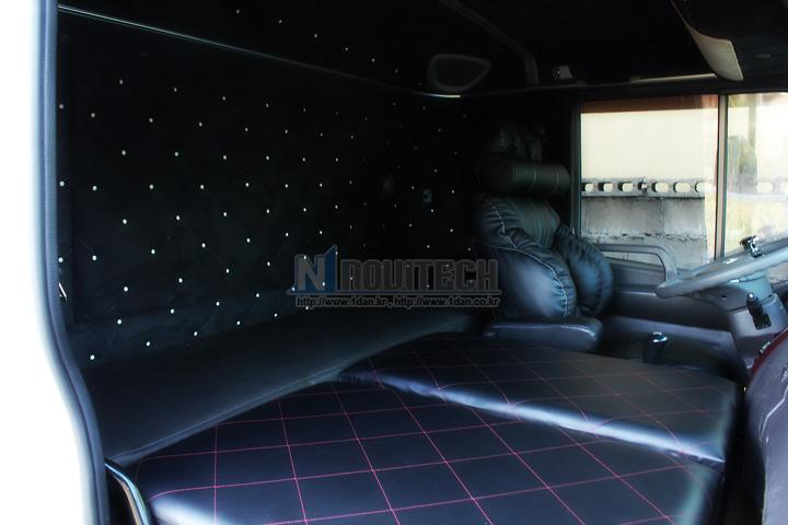 메가트럭: 화물트럭 침대, 수납함 카고트럭 [현노비텍, 부산천장 ...