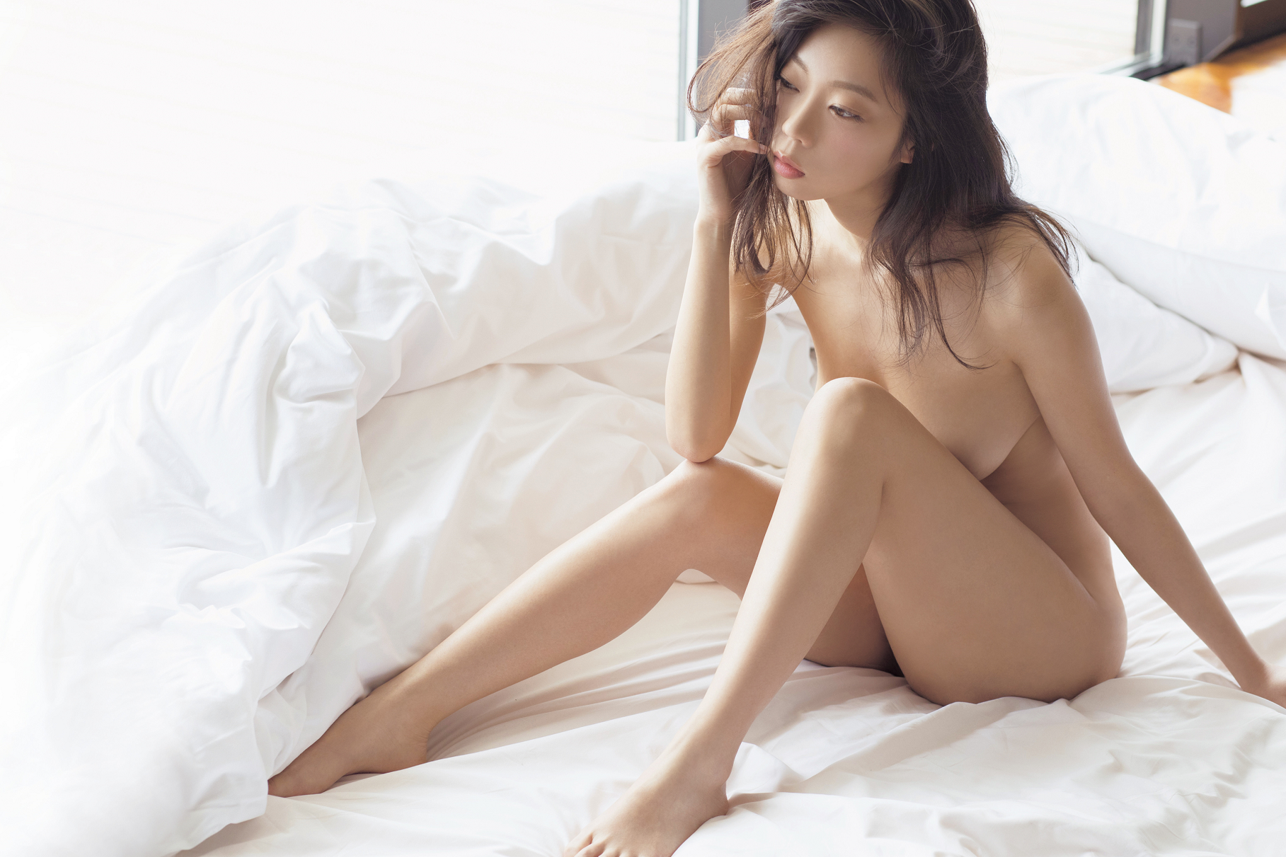hot Japanese girl in nude